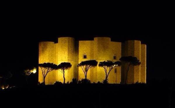 CASTEL DEL MONTE TRA I 30 MONUMENTI PIU' VISITATI D'ITALIA NEL 2015